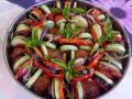 Запеканка с кюфтенца и сочни зеленчуци