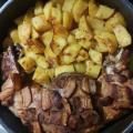 Пълнен заек на фурна с картофи