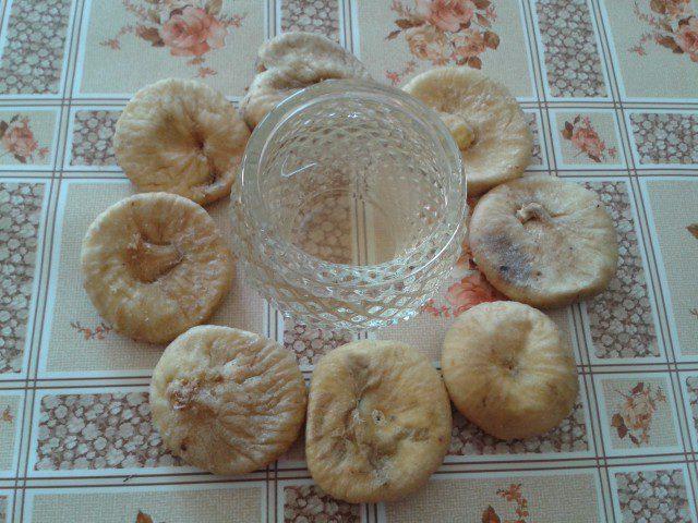Домашна ракия от смокини