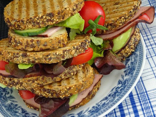 Ротердамски сандвичи с шунка и бекон