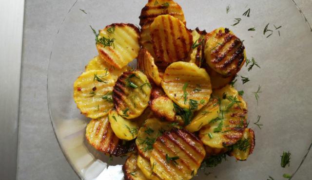 Картофи на фурна също като пържените