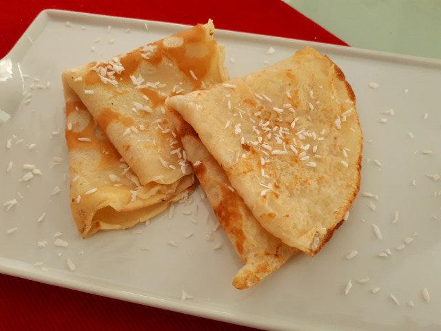 Постни палачинки с кокосово мляко