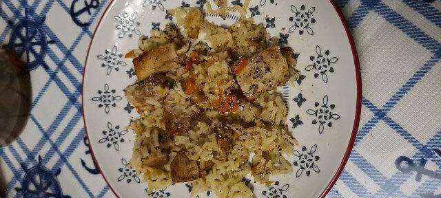 Сочно свинско с ориз на фурна